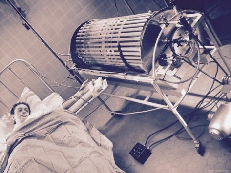 Critical Care Medicine / Nephrology - Magazine cover